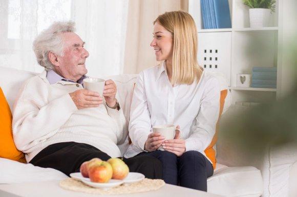 Réalisation de soins post-opératoires à domicile